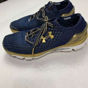 Under Armour sneakers women's 7.5 Speed Form
